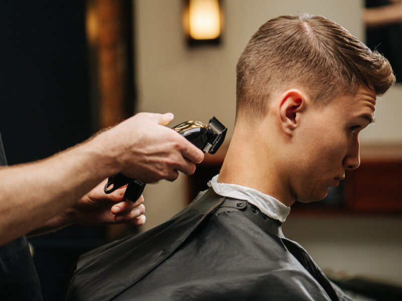 Short haircuts and short hairstyles for men